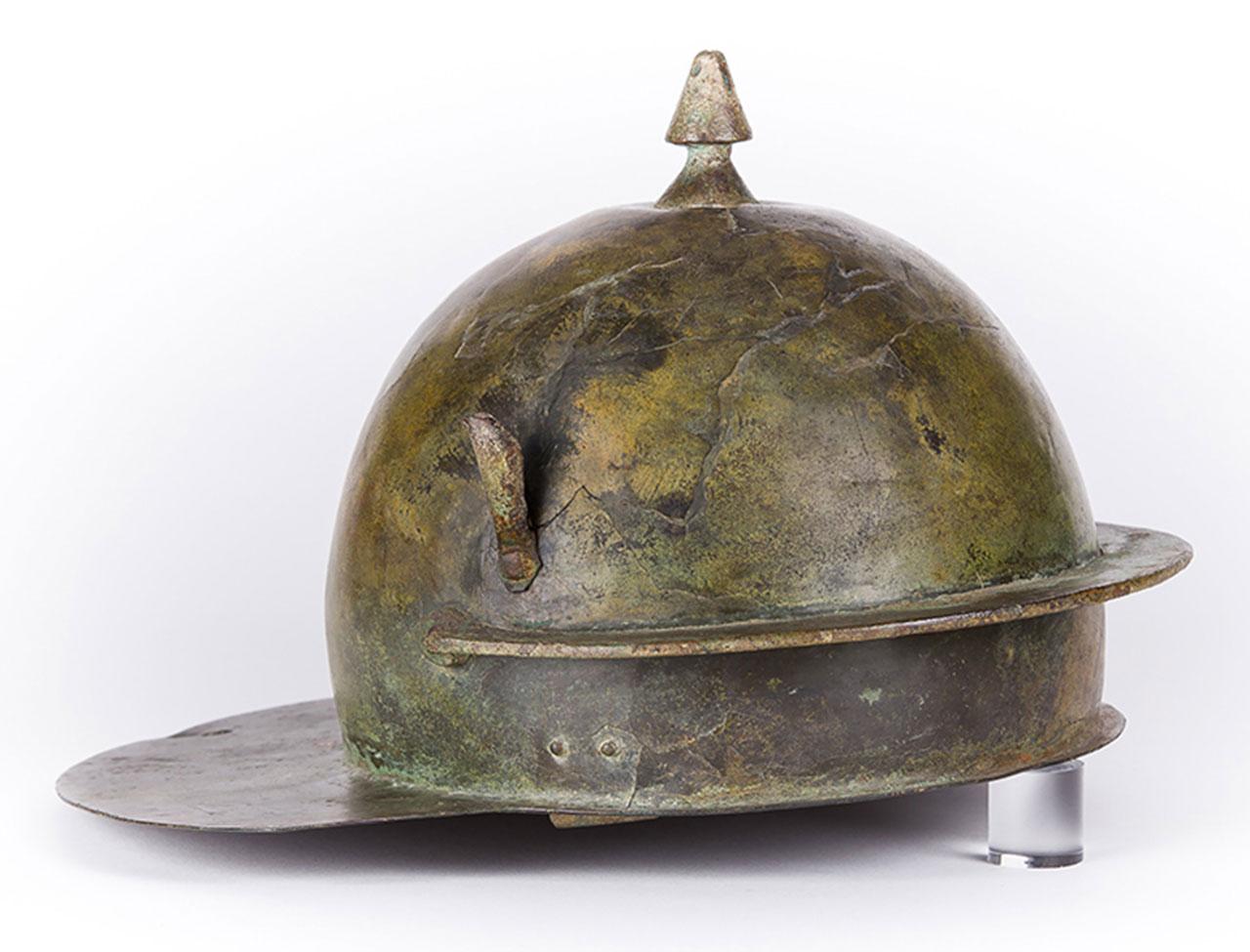 Legionär_Römischer-Helm_Musée-Historique-Haguenau-Foto-F.-Claria
