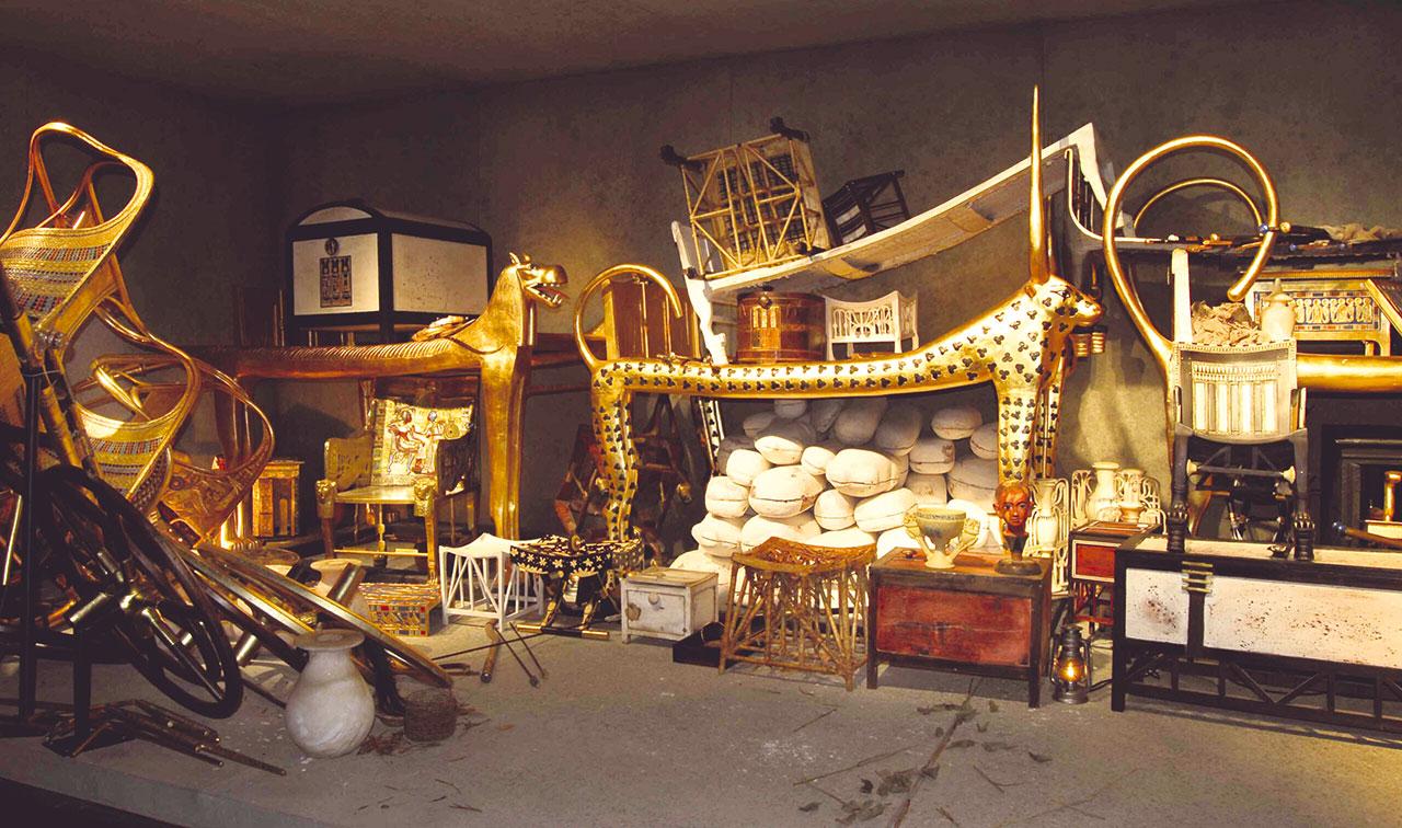 Tutanchamun-Ausstellung-Zuerich-Sein-Grab-und-die-Schätze