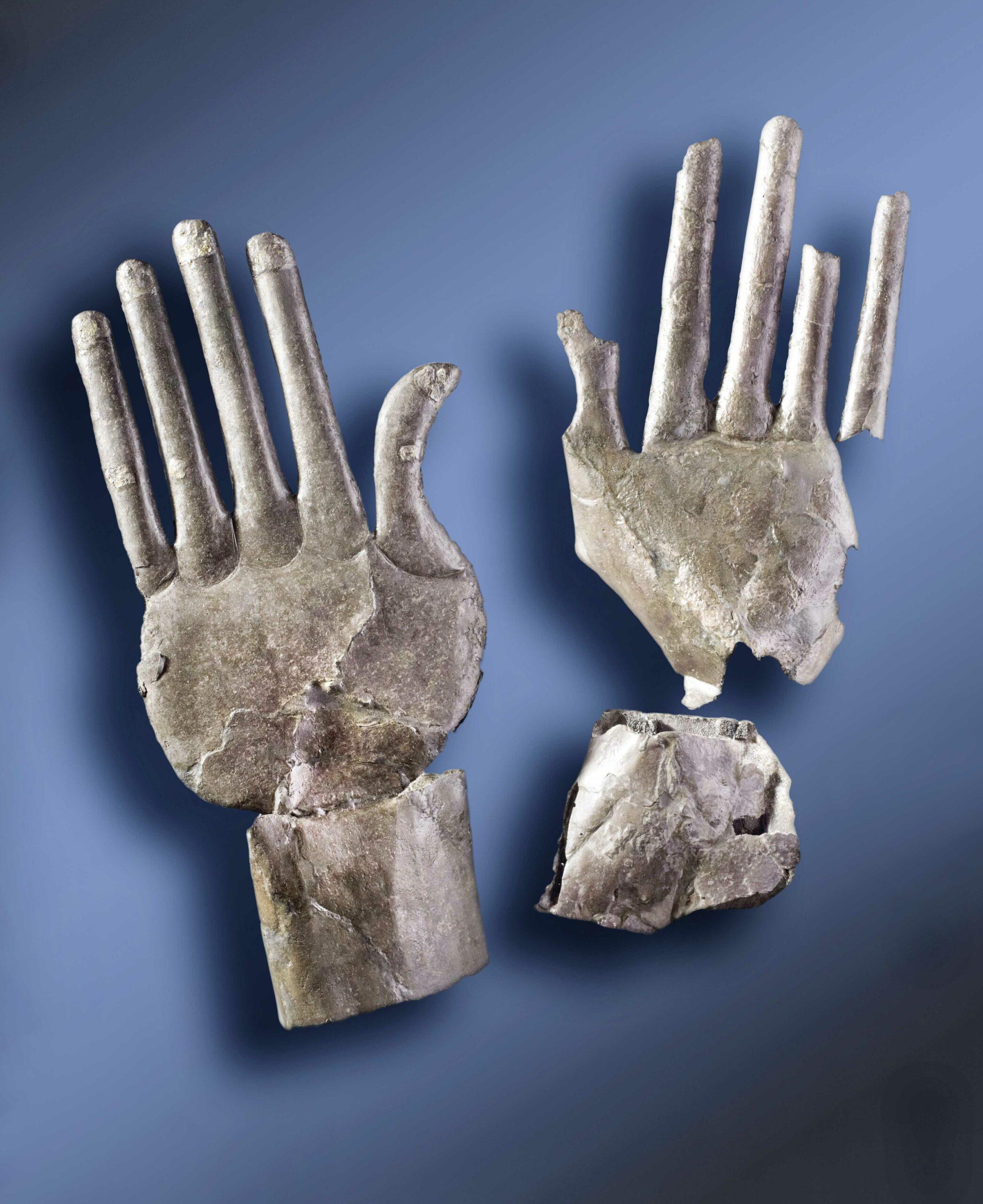 Löwen, Sphingen, Silberhände. Der unsterbliche Glanz etruskischer Familien aus Vulci