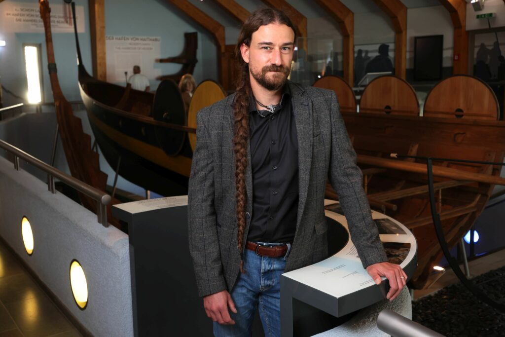 Neuer Leiter des Wikinger Museum Haithabu, Dr. Matthias Toplak.
